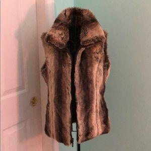 Jackets & Coats - Faux Fur Zippered Vest